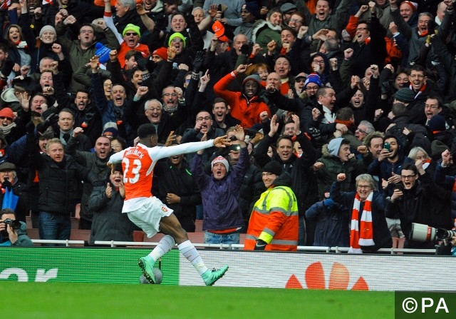 Arsenal v swansea betting previews trade binary options for free