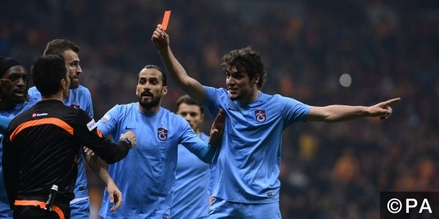 trabzonspor referee attacked