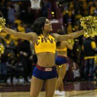 NBA cheerleader