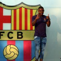 Barcelona sign Malcom
