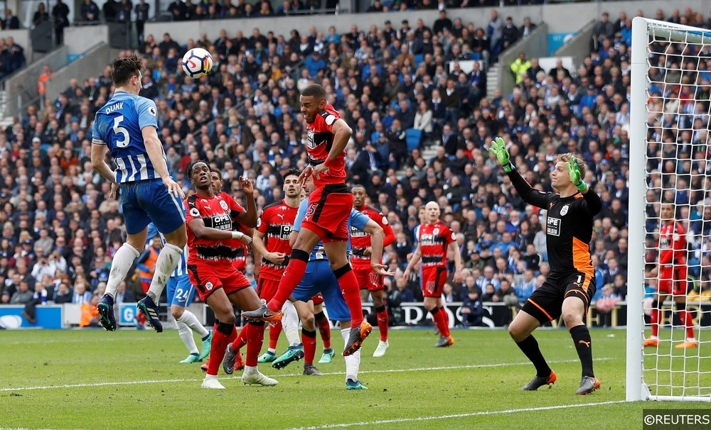 Brighton Lewis Dunk vs Huddersfield