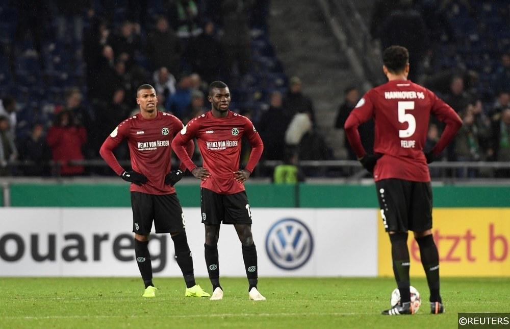 Hannover 96 Ihlas Bebou, Felipe and Jonathas look dejected