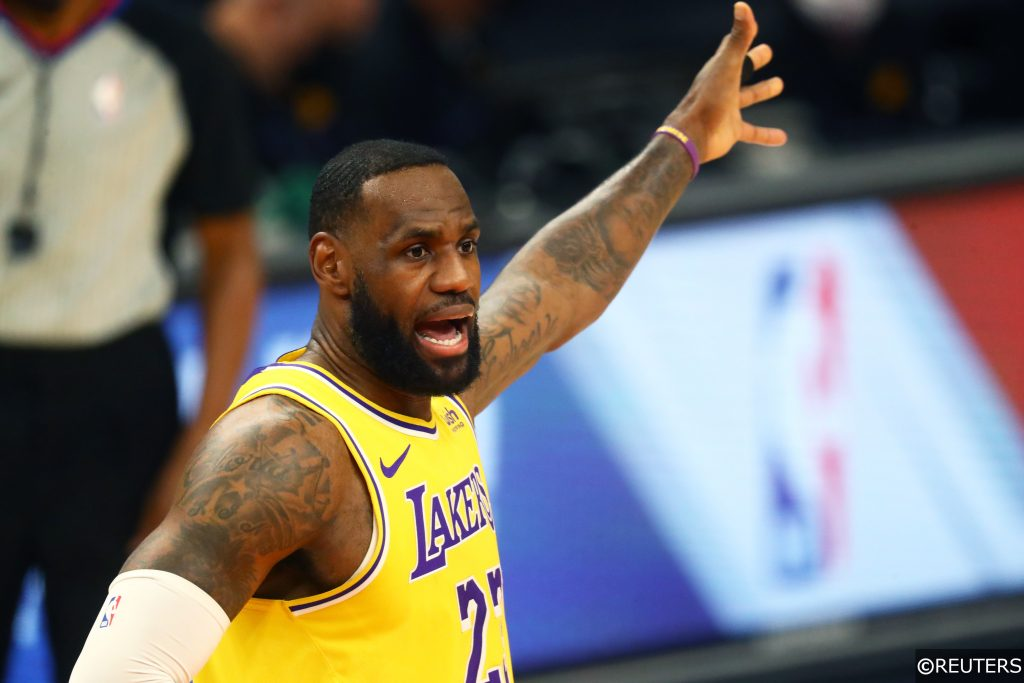 LA Lakers vs Suns LeBron